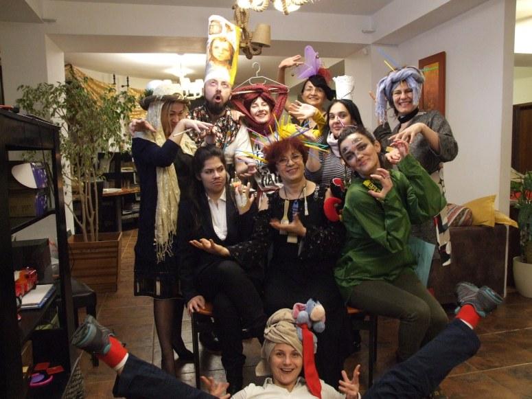 Suprarealist Party in Tabara de pictura Hobby Art editia de iarna 2018