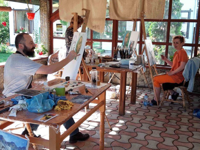 Instantanee din Tabara de pictura Hobby Art pentru incepatori-editia 2019-sesiune practica2