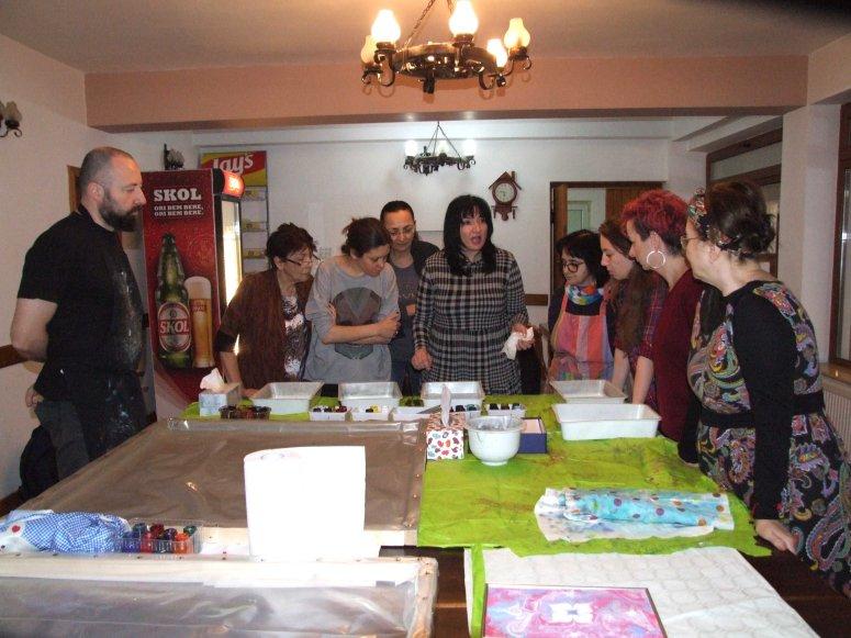 atelier de pictura pe apa in Tabara de pictura Hobby Art