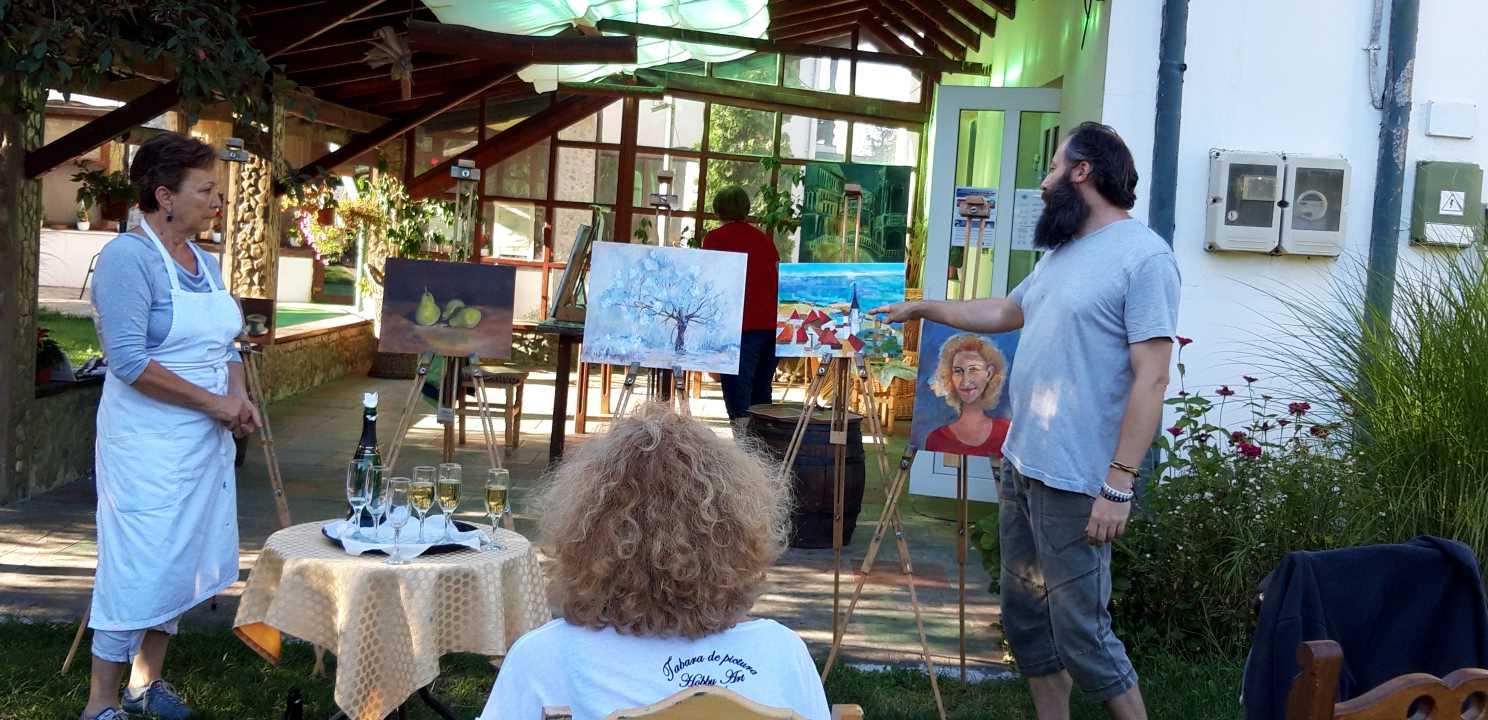 Expozitia de pictura cu evaluare la final de tabara in Tabara de pictura Hobby Art editia de vara 2020